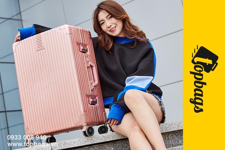 Mua vali nhựa size 28 giá rẻ ở đâu chuẩn nhất