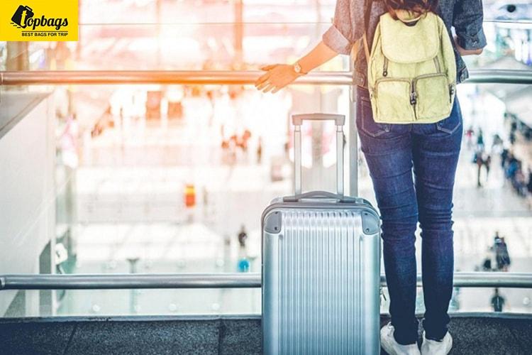 vali nhựa có màu sắc đa dạng - topbags-min
