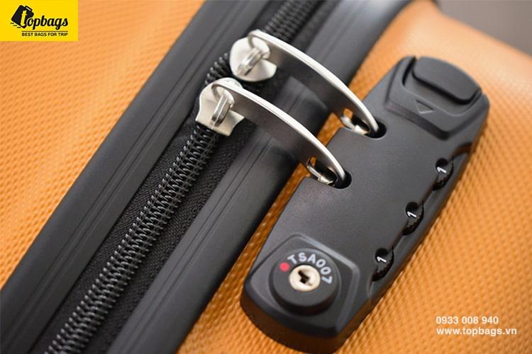 Nên dùng vali nhựa hay vali vải loại nào tốt-2-min